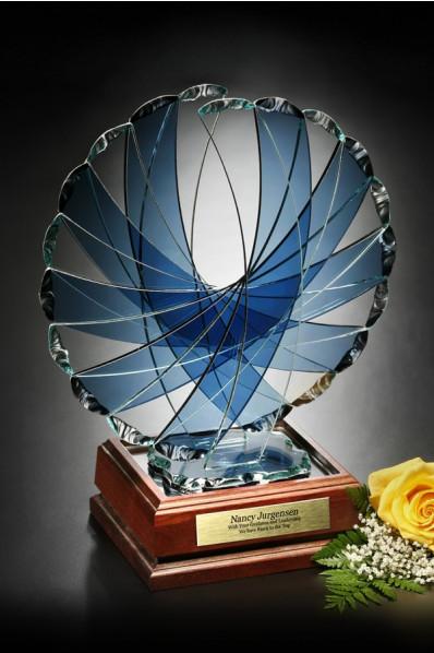 Statuetka z niebieskiego kryształu